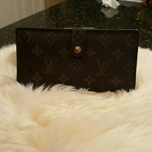 Louis Vuitton long wallet monogram